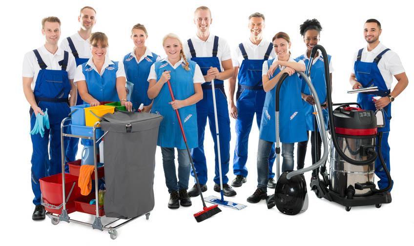 zespół firmy sprzątającej
